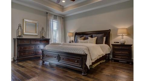 Co zrobić żeby łóżko nie skrzypiało?
