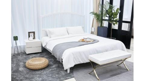 Wygodny i komfortowy materac do łóżka małżeńskiego